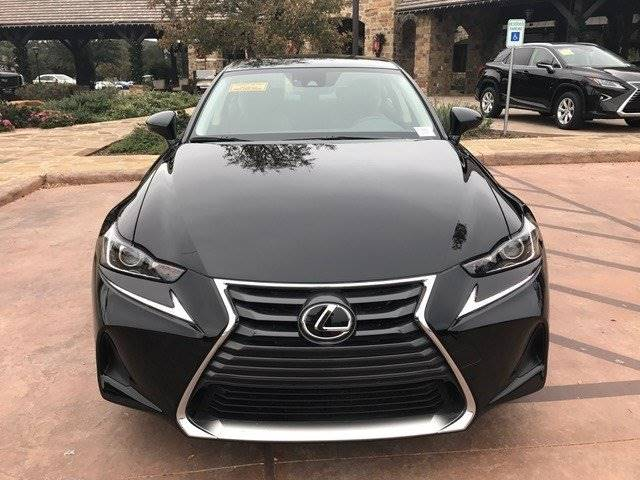 2018 Lexus IS