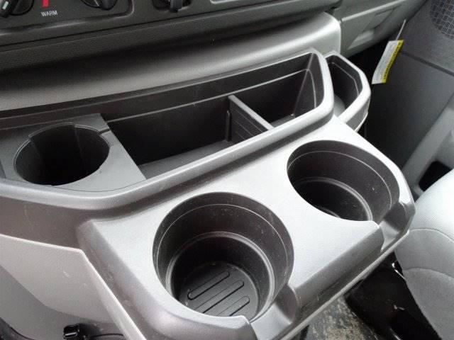 2018 Ford E-Series Cutaway Box