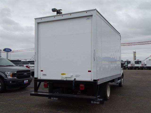 2019 Ford Transit Cutaway Box
